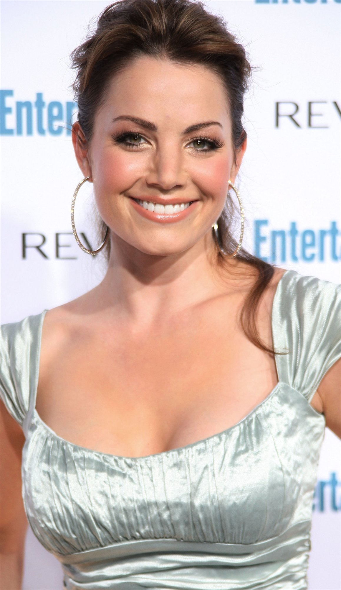 Fashion Erica Durance wallpapers (1155)