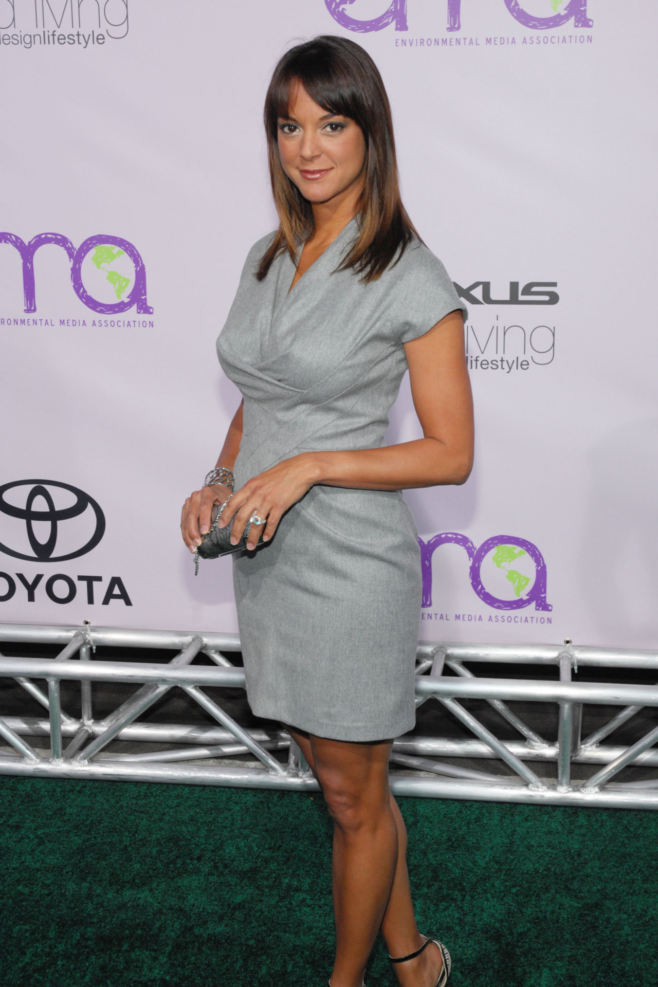 Eva LaRue - Images Colection